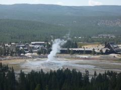 Old Faithful observation point trail